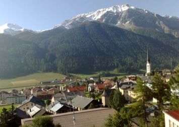 the view of Zuoz from the Lyceum Alpinum